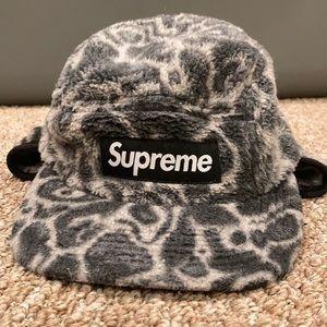 Supreme winter hat